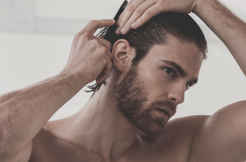 trattamento capelli bianchi uomo
